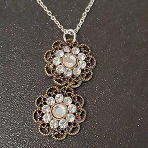 "Silver Tone 14"" Choker Necklace Flower Pendant"